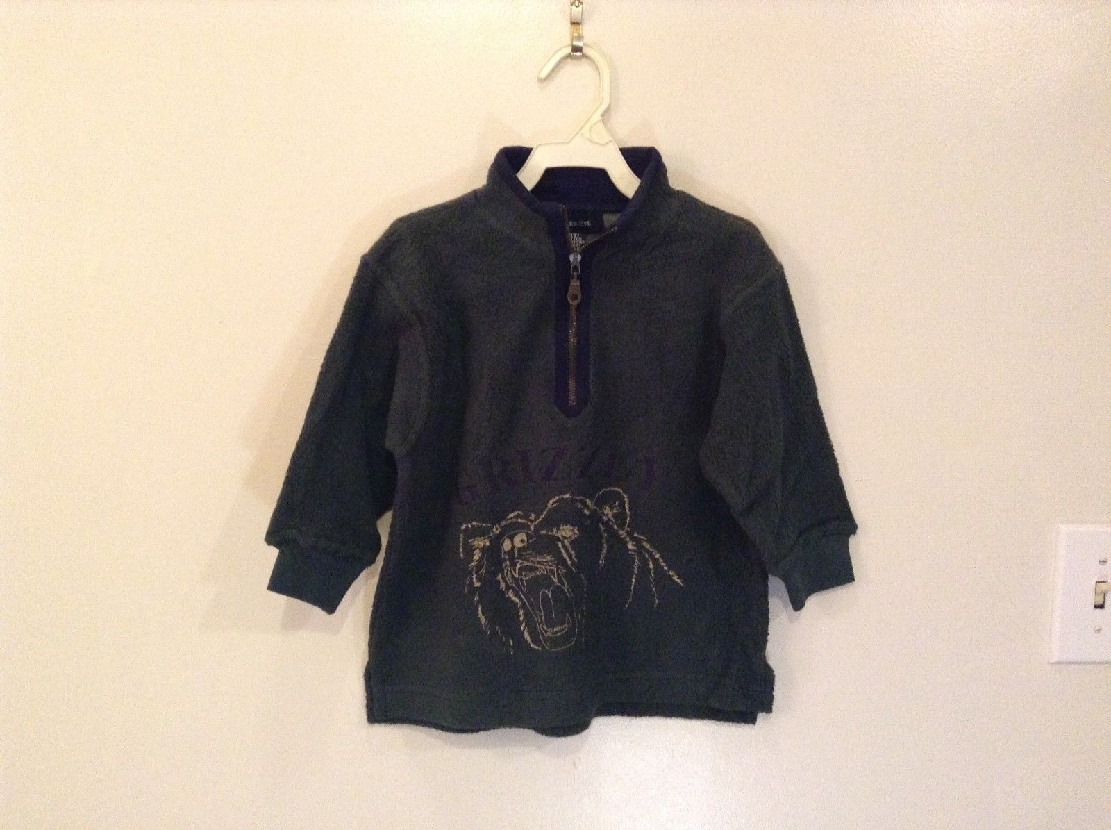 Child's Eagle's Eye Sweatshirt Dark Green w Navy Trim Grizzly Bear Claw Mark 2T