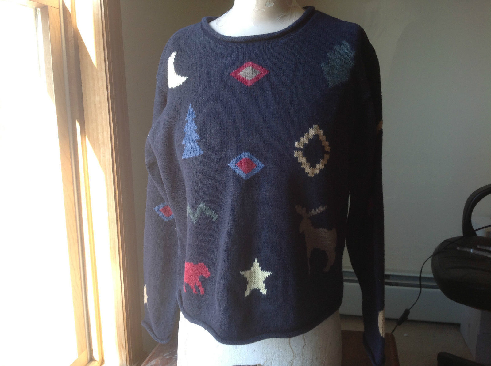 Christoper & Banks Dark Blue Patterned Knit Sweater Rolled Seams Size Medium