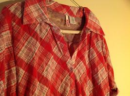Bongo Red Plaid Button Purple Lace Upper Back Shirt V-Neckline Size Large image 2