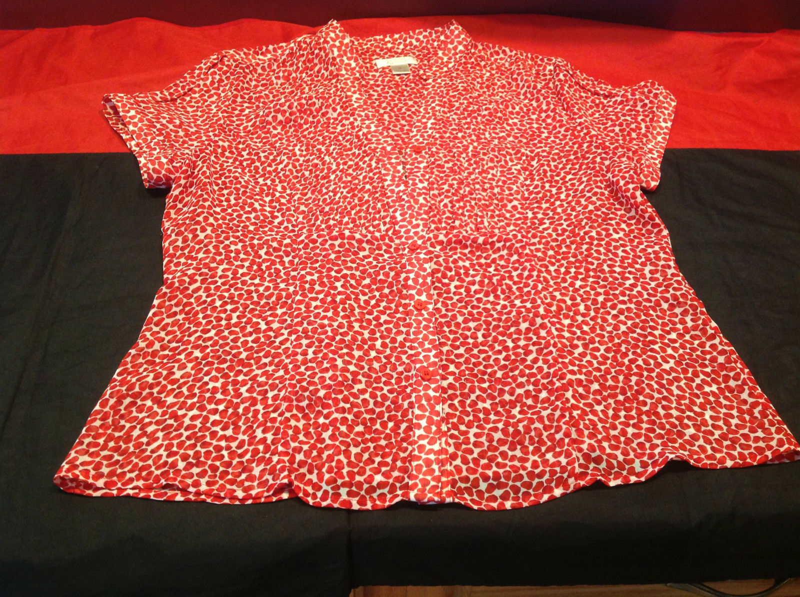 Christopher & Banks Short Sleeve Ladies Red/White Button Front Blouse Size M