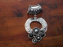 Circular Shaped Scarf Pendant Silver Tone with Gray Stones Beads and Crystals