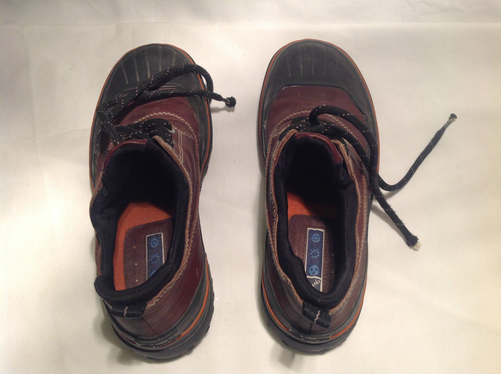 Clarks Short Boots Brown with Black Sole Waterproof Orange Insole Size 8M