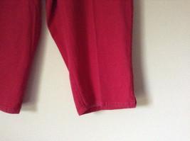 Bright Red Capri Shorts by D and Company Two Pockets Stretchy Size XL image 3