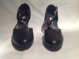 Closed Toe Closed Heel So Danca Black Heels Size 8M Rounded Toe