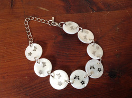 Color Changing Silver Tone Adjustable Bracelet with Butterflies and Flowers