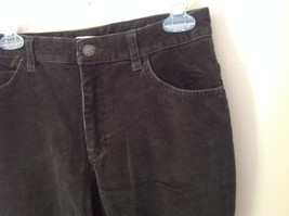 Casual Green Pants by St Johns Bay Stretch Front and Back Pockets Size 6 image 4