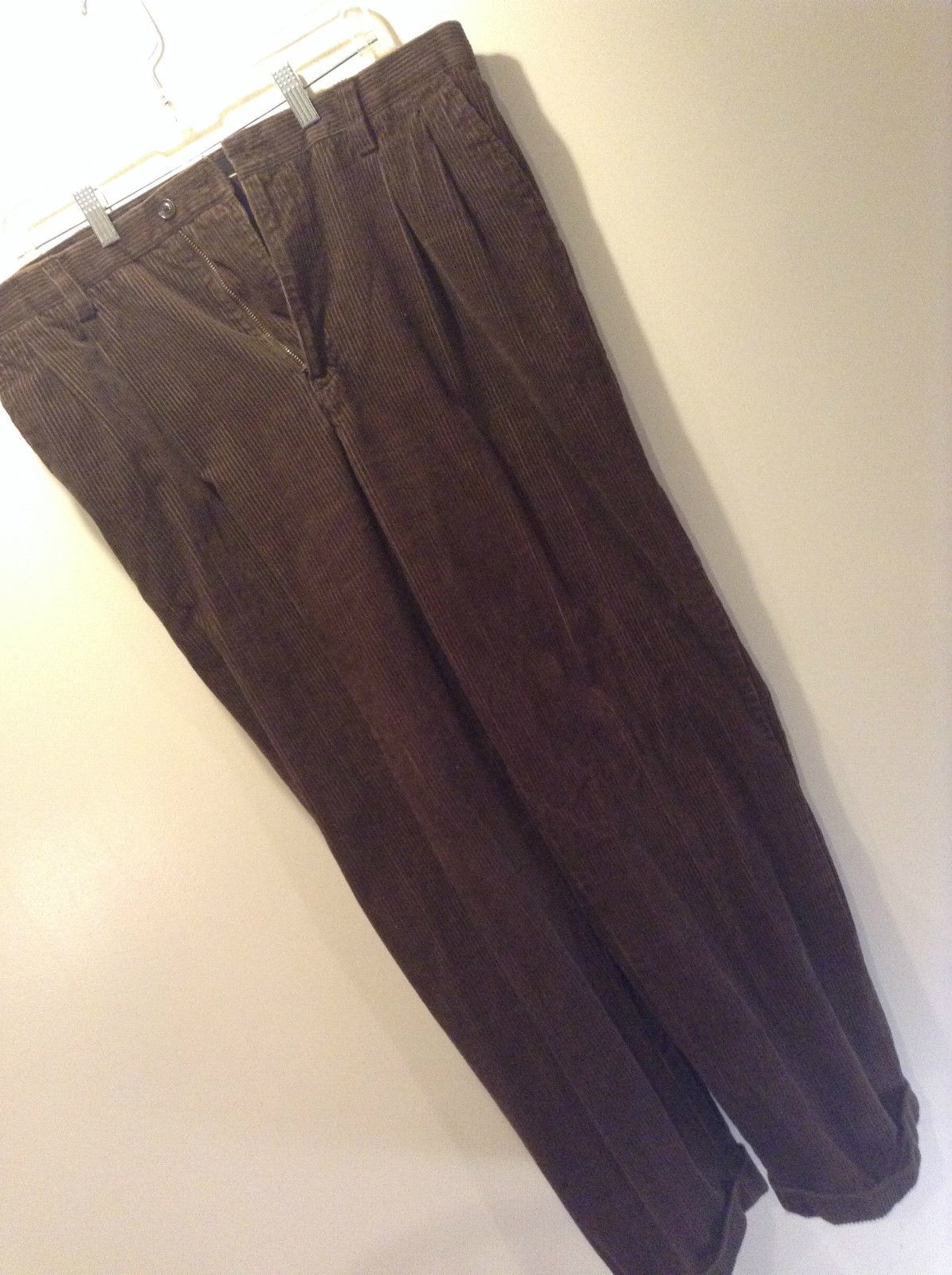 Croft and Barrow Dark Brown Casual Corduroy Pants Size 34 by 30 Pockets