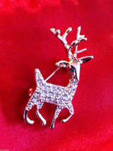 Cute 18K rose gold plated Austrian crystal reindeer pin brooch with green eyes