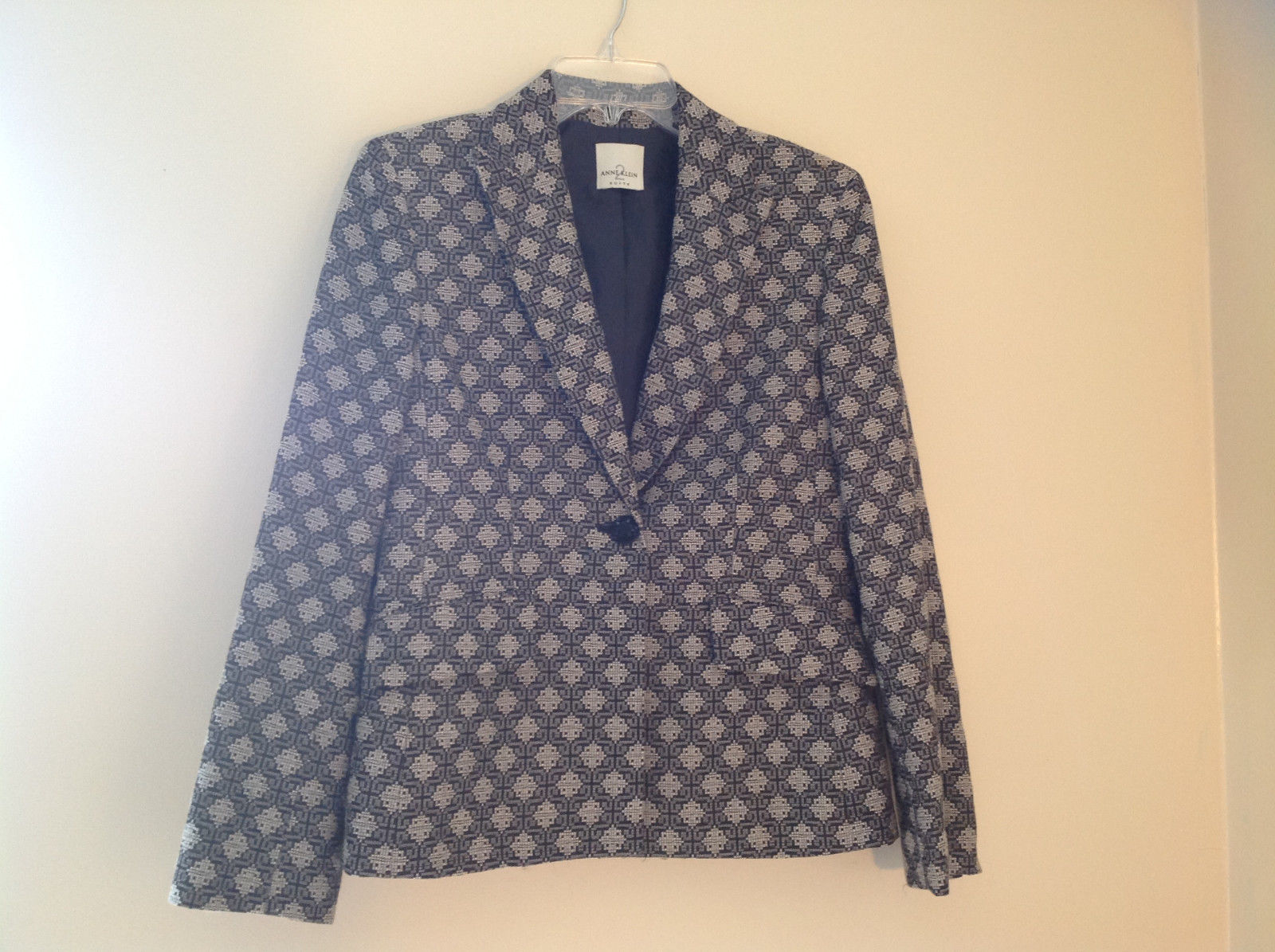 Cute Black and White Diamond Pattern Anne Klein Single Button Blazer Size 10