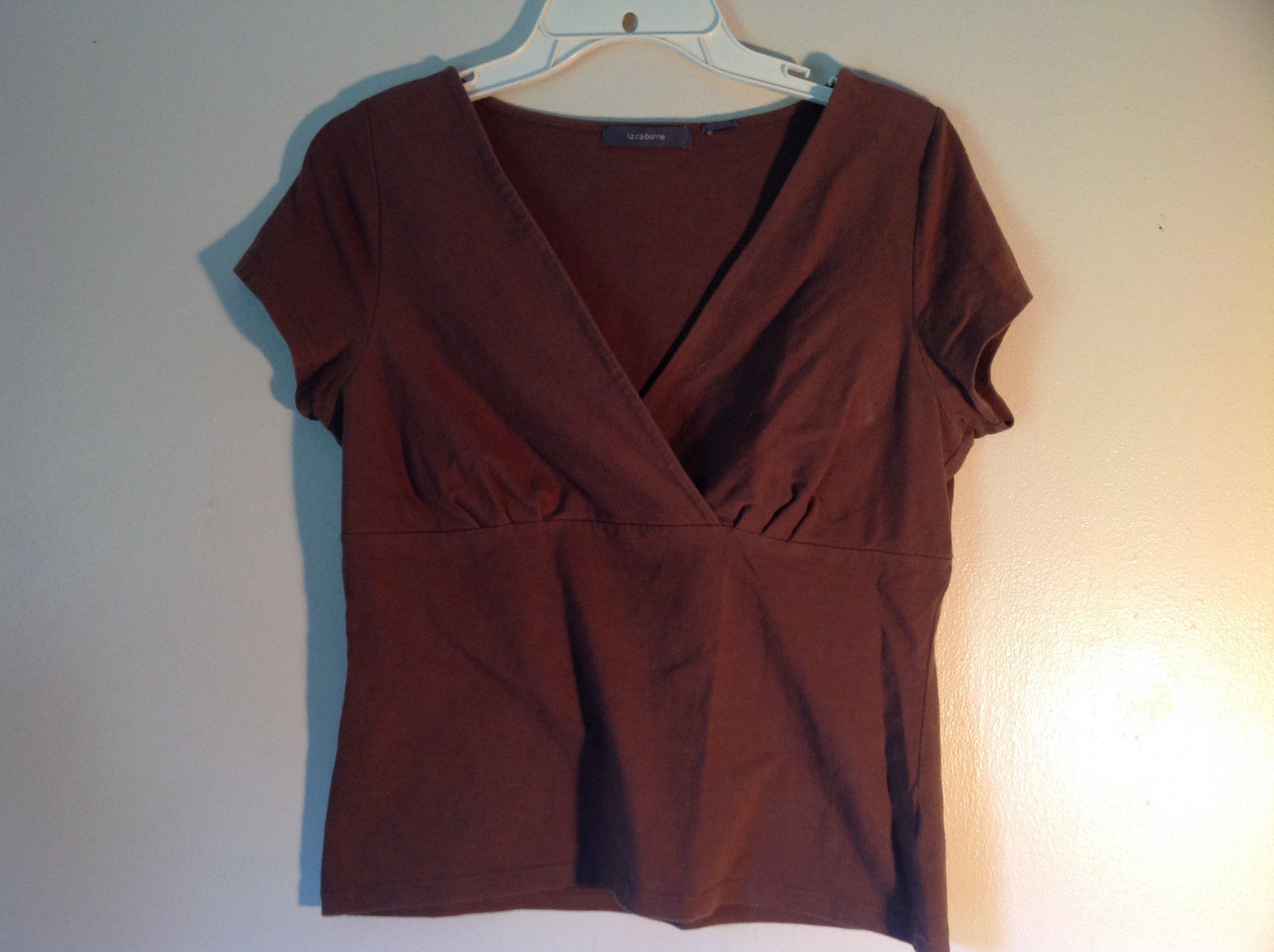 Cute Casual Brown Liz Claiborne Short Sleeve V Neck Top