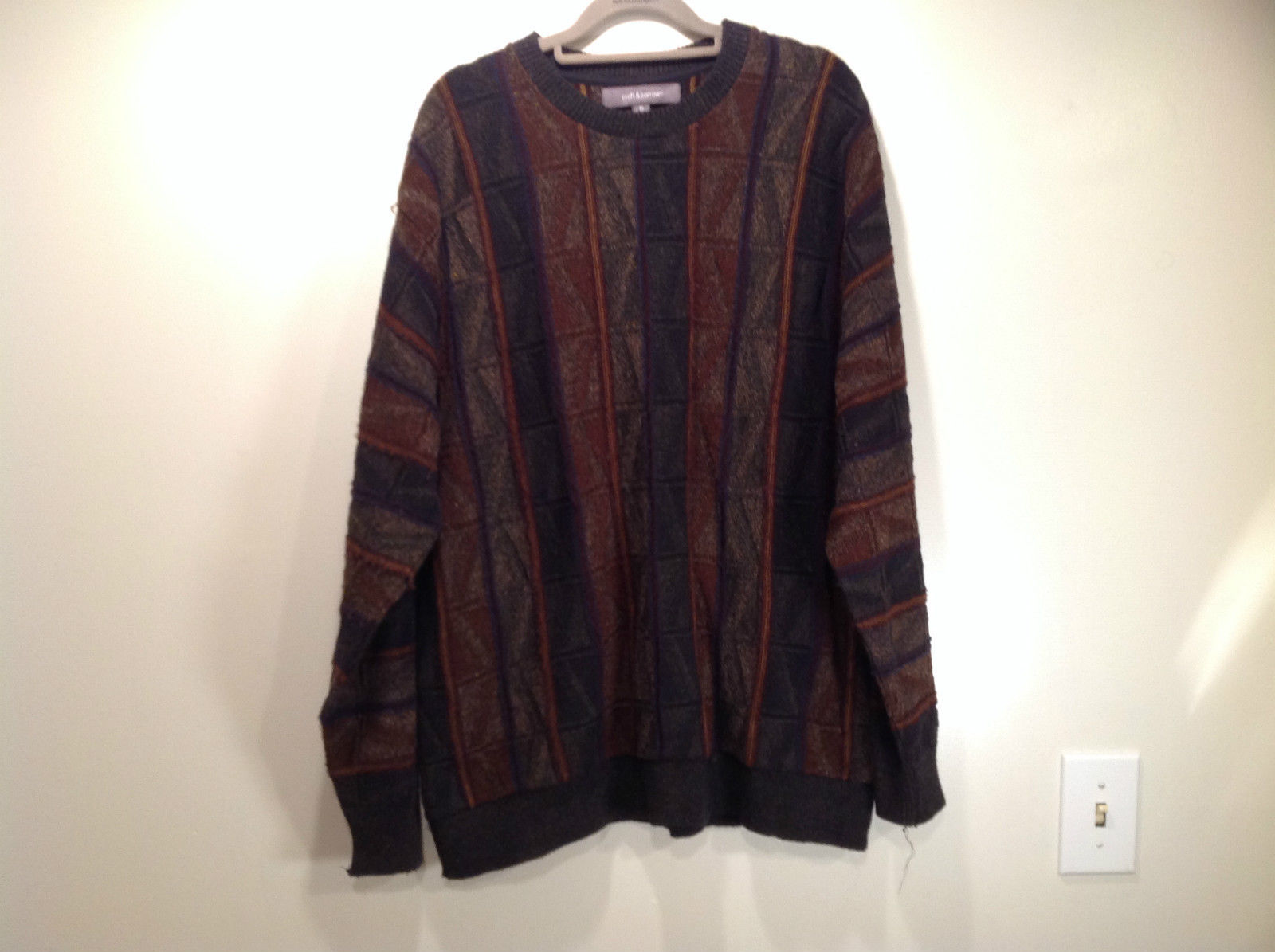 Croft and Barrow Size XL Brown Navy Dark Green Pattern Cotton Blend Sweater