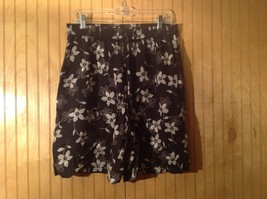 D P S New York Blue with Green Flowers Shorts 100 Percent Rayon Size XL
