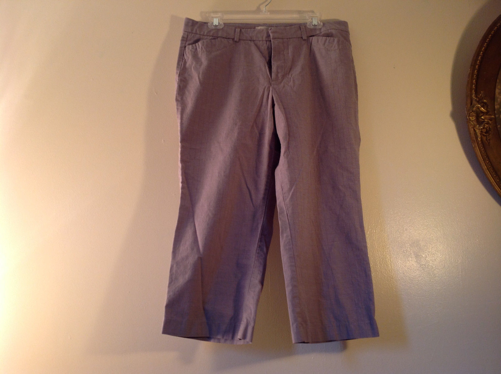 DOCKERS Size 14 Plaid Capri Pants Excellent Condition