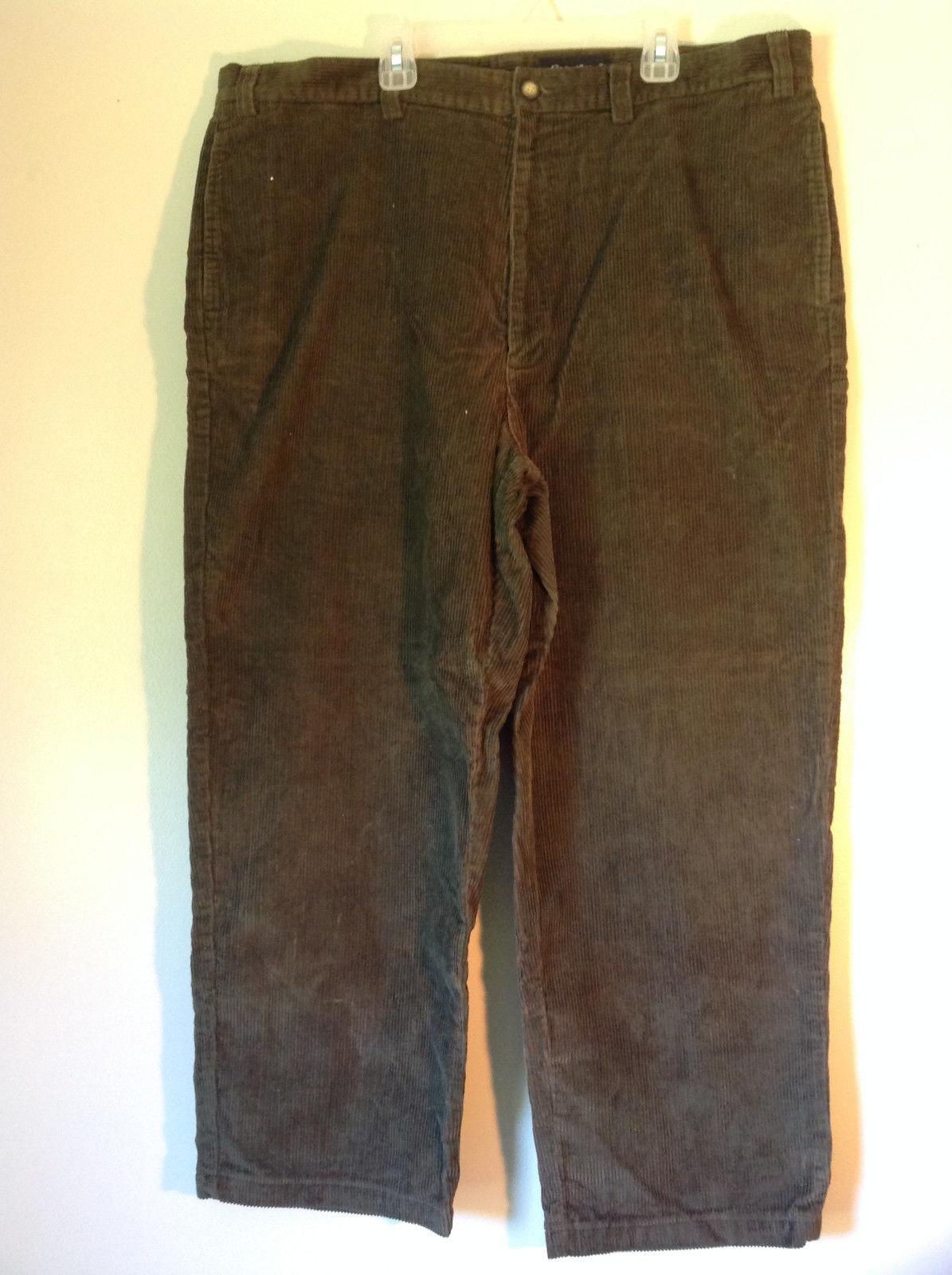 Dark Green Eddie Bauer Corduroy Size 40 Pants