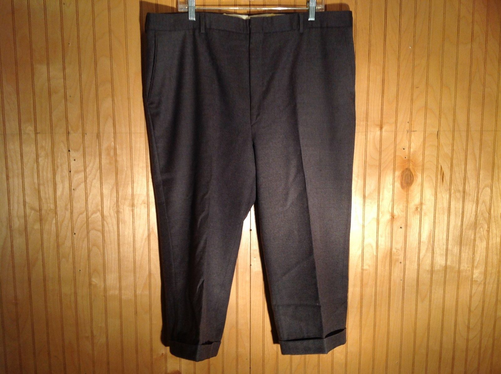Dark Gray Pleated Dress Pants by Bill Blass 100 Percent Wool Size 40R