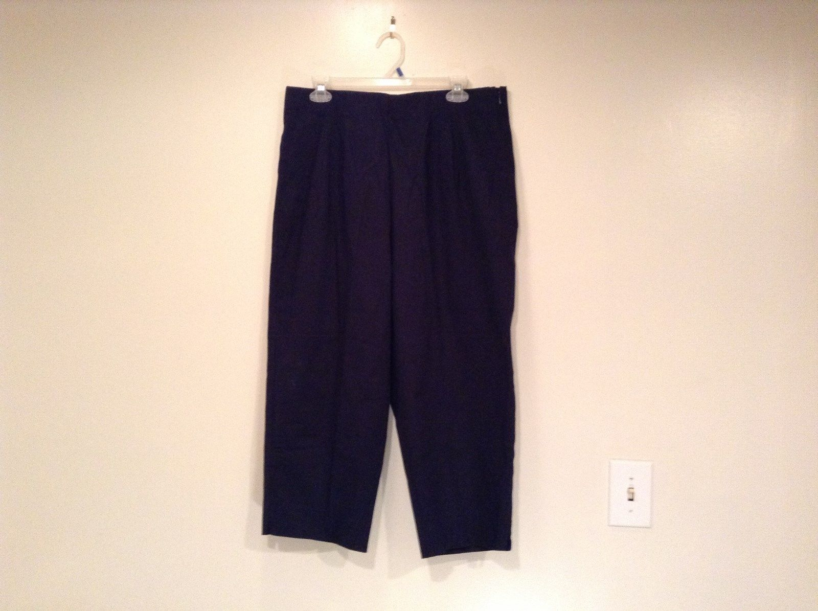 Dark Blue Briggs New York Size 16W Capri Pants Side Zipper Closure Cotton Blend
