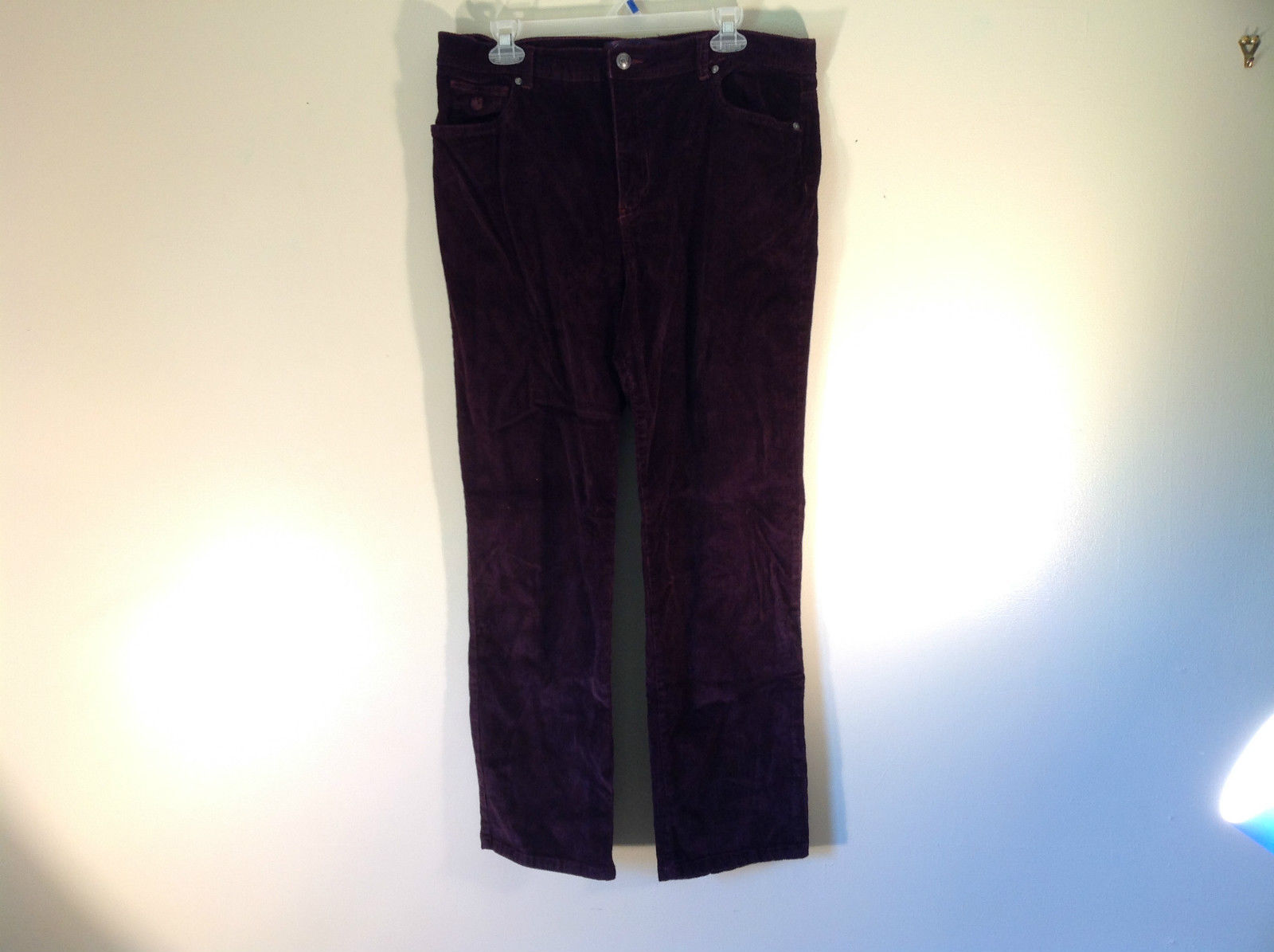 Deep Burgundy Size 14 Corduroy Pants Size 14 Gloria Vanderbilt Button Zipper