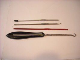 Collection of vintage crochet hooks and button hook, with fancy handle included image 6