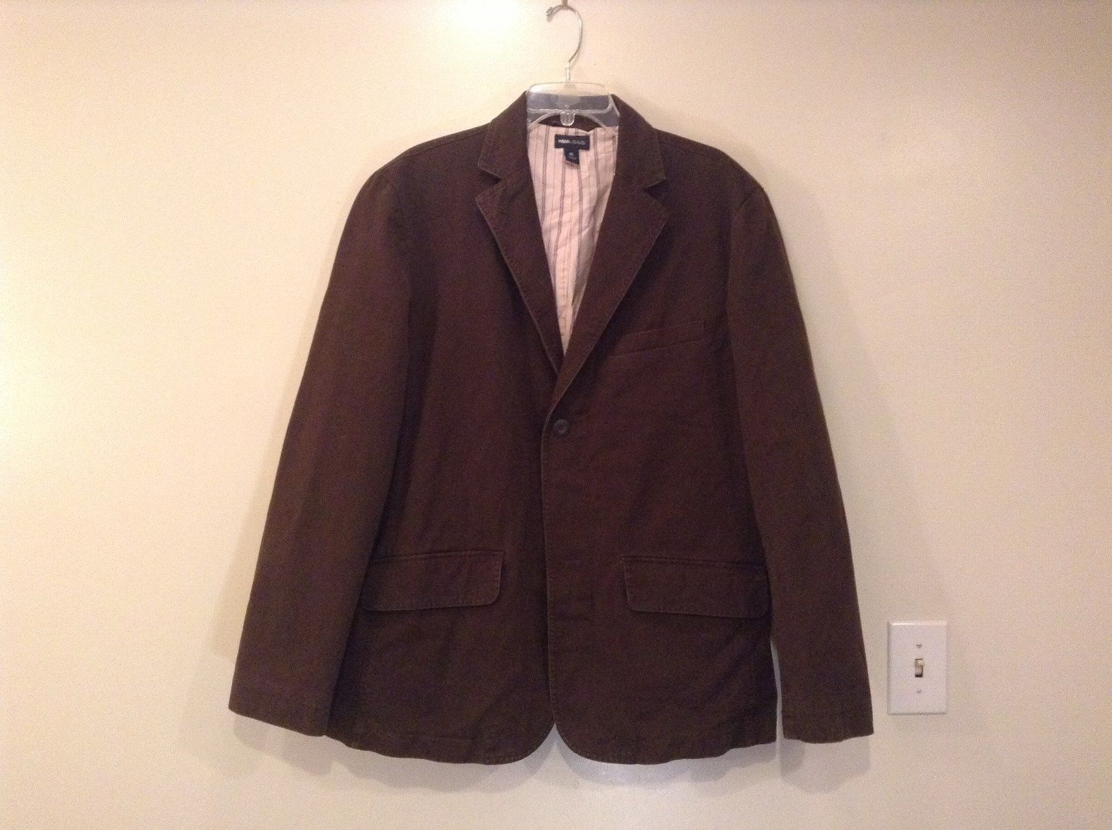 Dark Brown H and M Fully Lined Blazer Inside Pocket Two Front Pockets Size XL