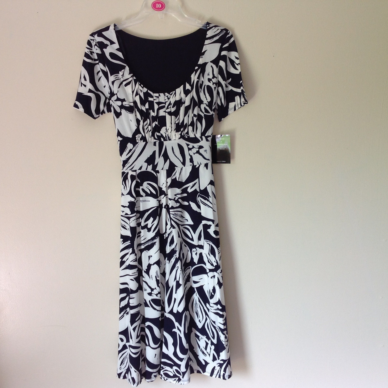 Dark Navy Blue White Design NEW Dress with Tag Scoop Neck Size 10 and Size 12