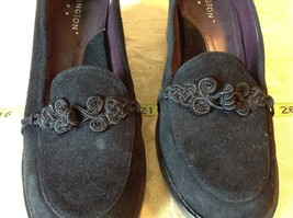 Covington Closed Toe Black Heels Size 9M image 7