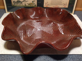 Decorative Large Brown Handmade Serving tray Geometric Designs for chicken meats