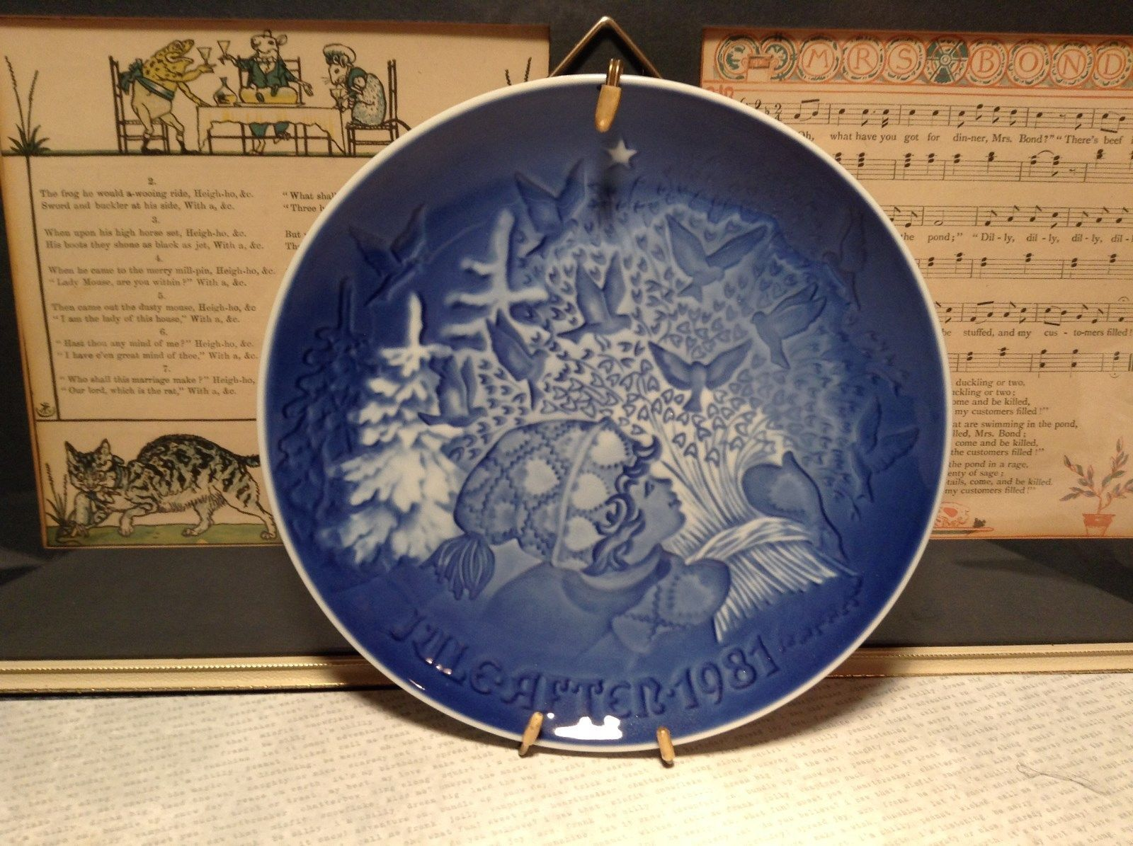 Denmark Porcelain Vintage Blue Christmas Plate with Hanger Christmas Peace 1981