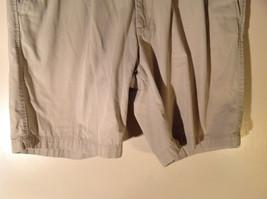 DOCKERS Khaki Casual Shorts Size 40 Excellent Condition 100 Percent Cotton image 3