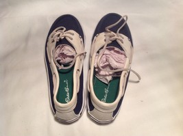 Eddie Bauer Size 9 Blue and White with Green Insole Casual Shoes