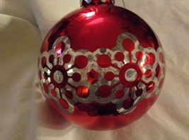 Department 56 red silver filigree snowflake vintage type Glass Holiday Ornament