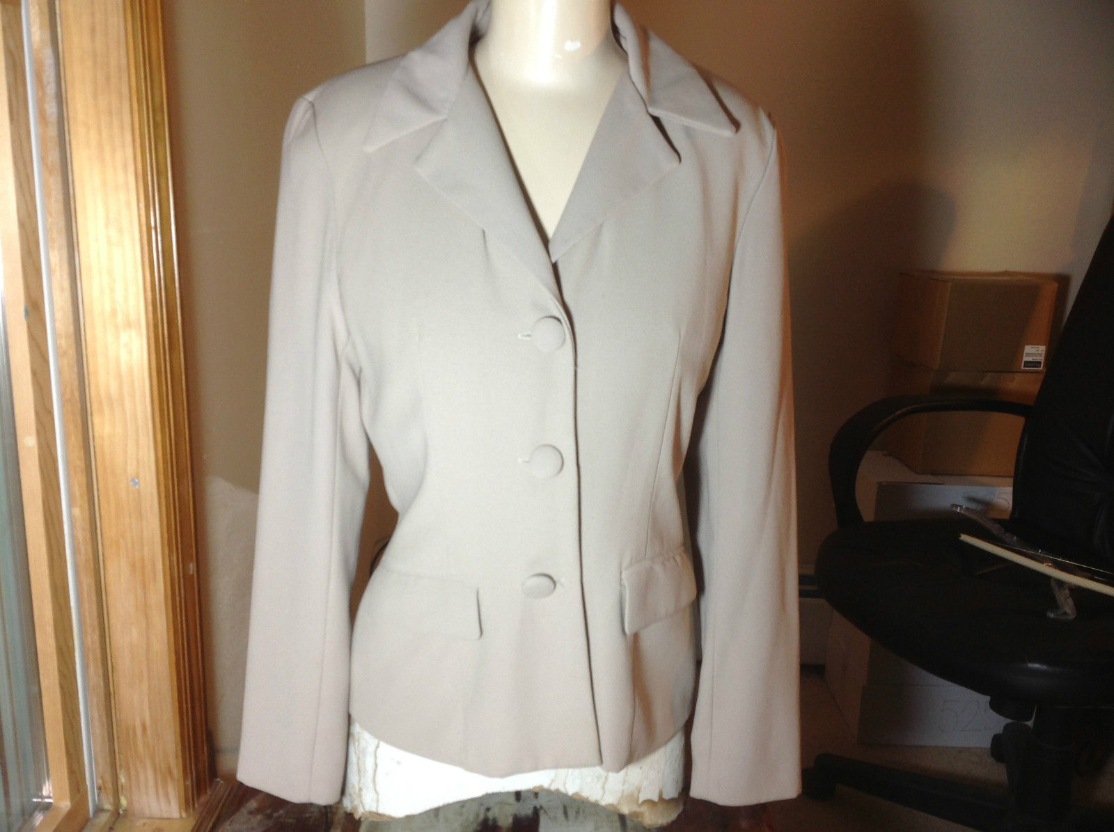 Elegant Matisse Studio Skirt and Blazer Suit Tan Blazer Size 6 Skirt Size 5 to 6