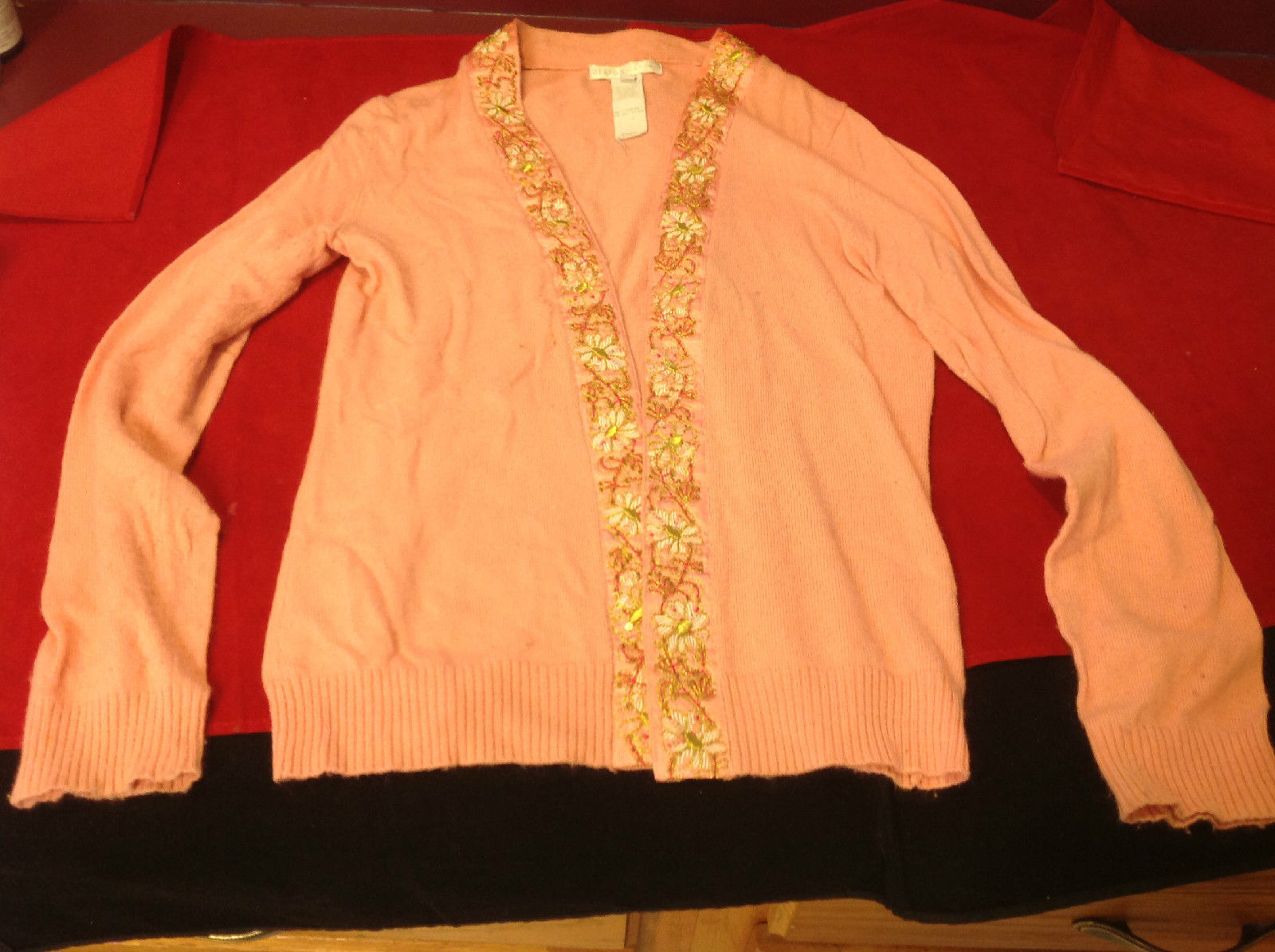 Design History Ladies Pink Cardigan Flowers on collar and down front Size Medium