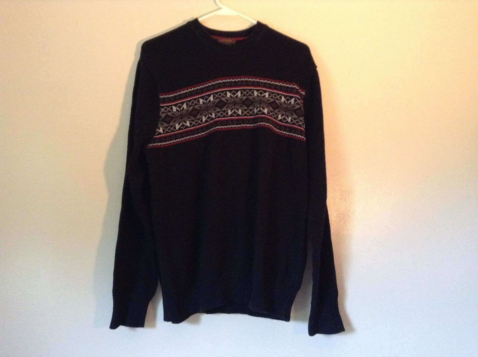 Dockers Black with Design on Front Long Sleeve Sweater 100 Percent Cotton Size L