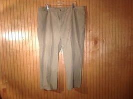 Dockers Flat Front Relaxed Fit No Wrinkle Khakis No Size Tag Measurements Below