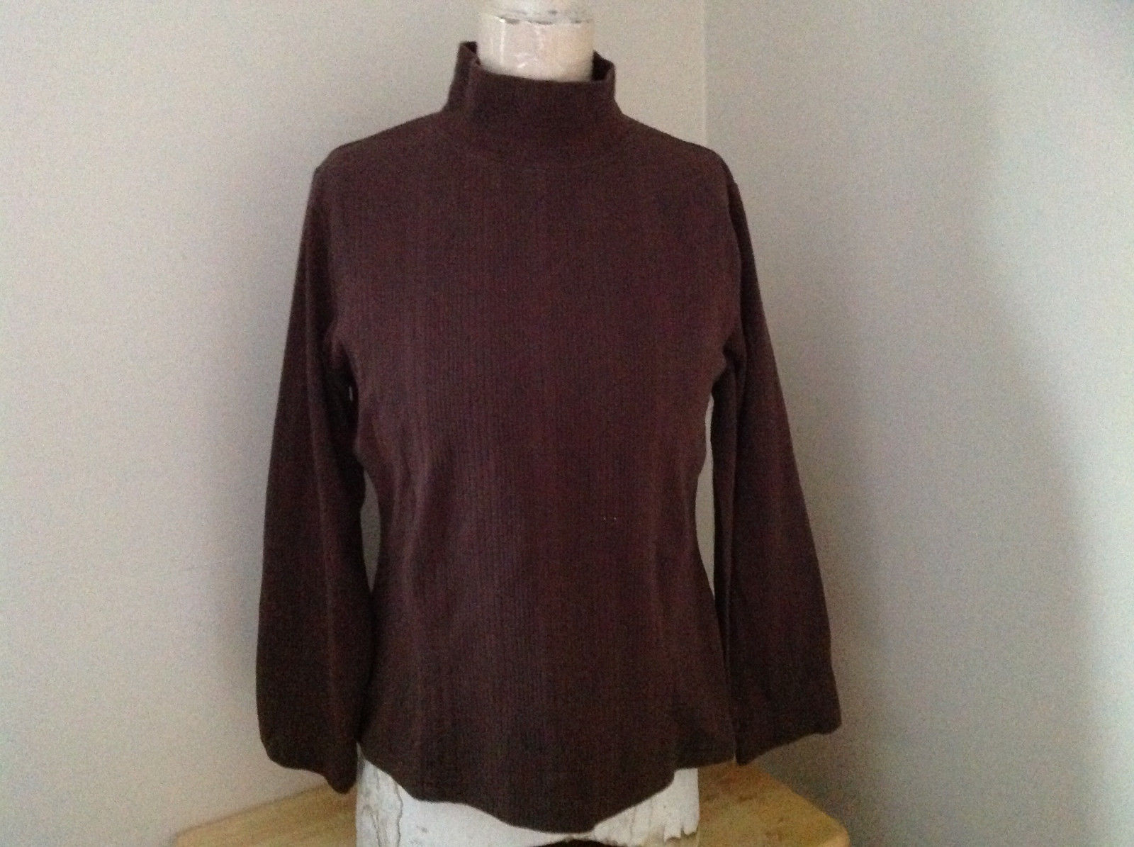 Dressbarn Brown Turtleneck Long Sleeve Sweater Made in Lesotho Size Large