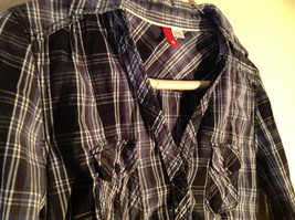 Divided Juniors Fitted Blue Black White Plaid Button Up Long Sleeve Shirt Size 4 image 2