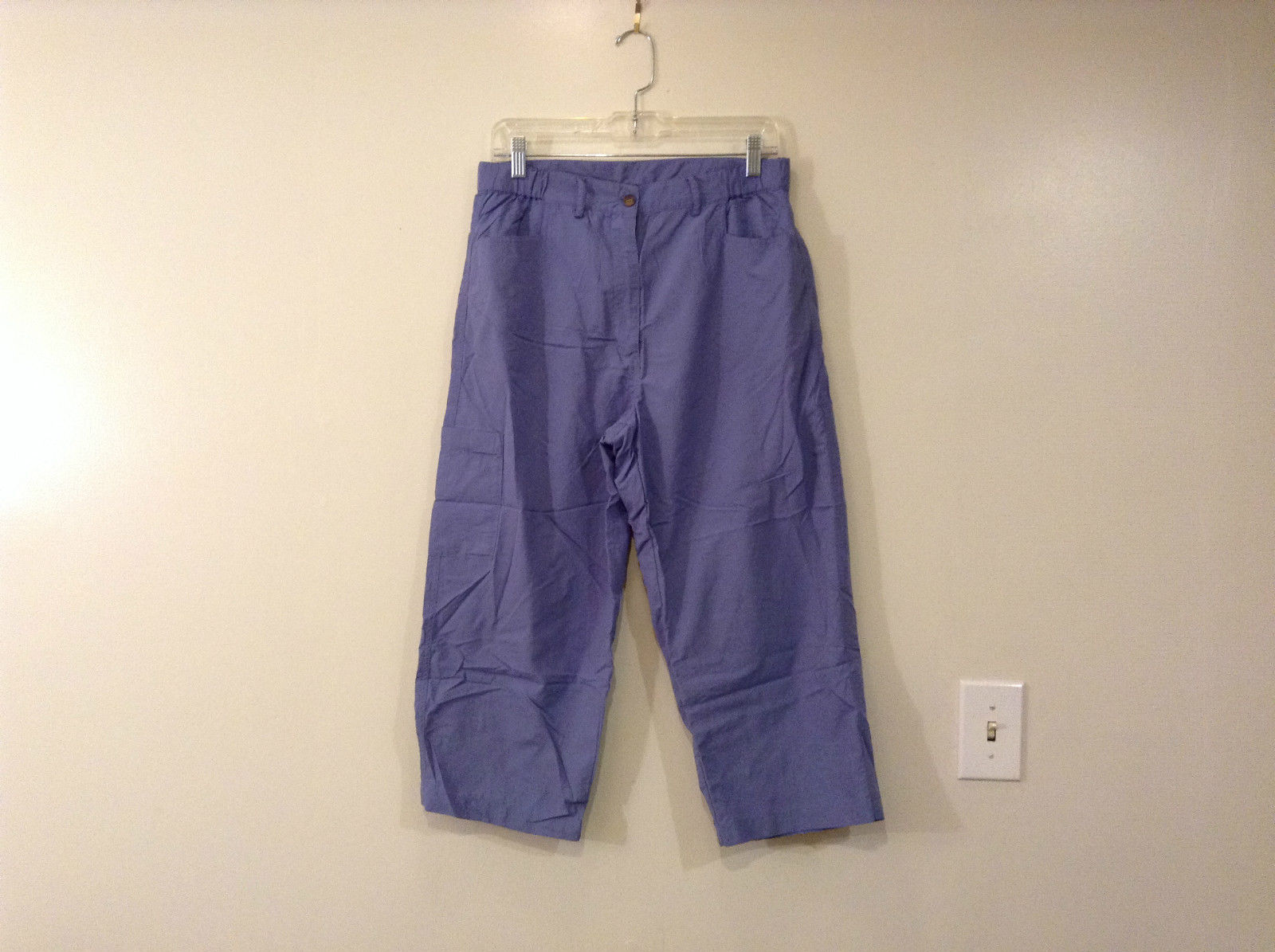 Early Winter Blue Capri Pants Front Pocket Size Medium Elastic Inserts on Waist