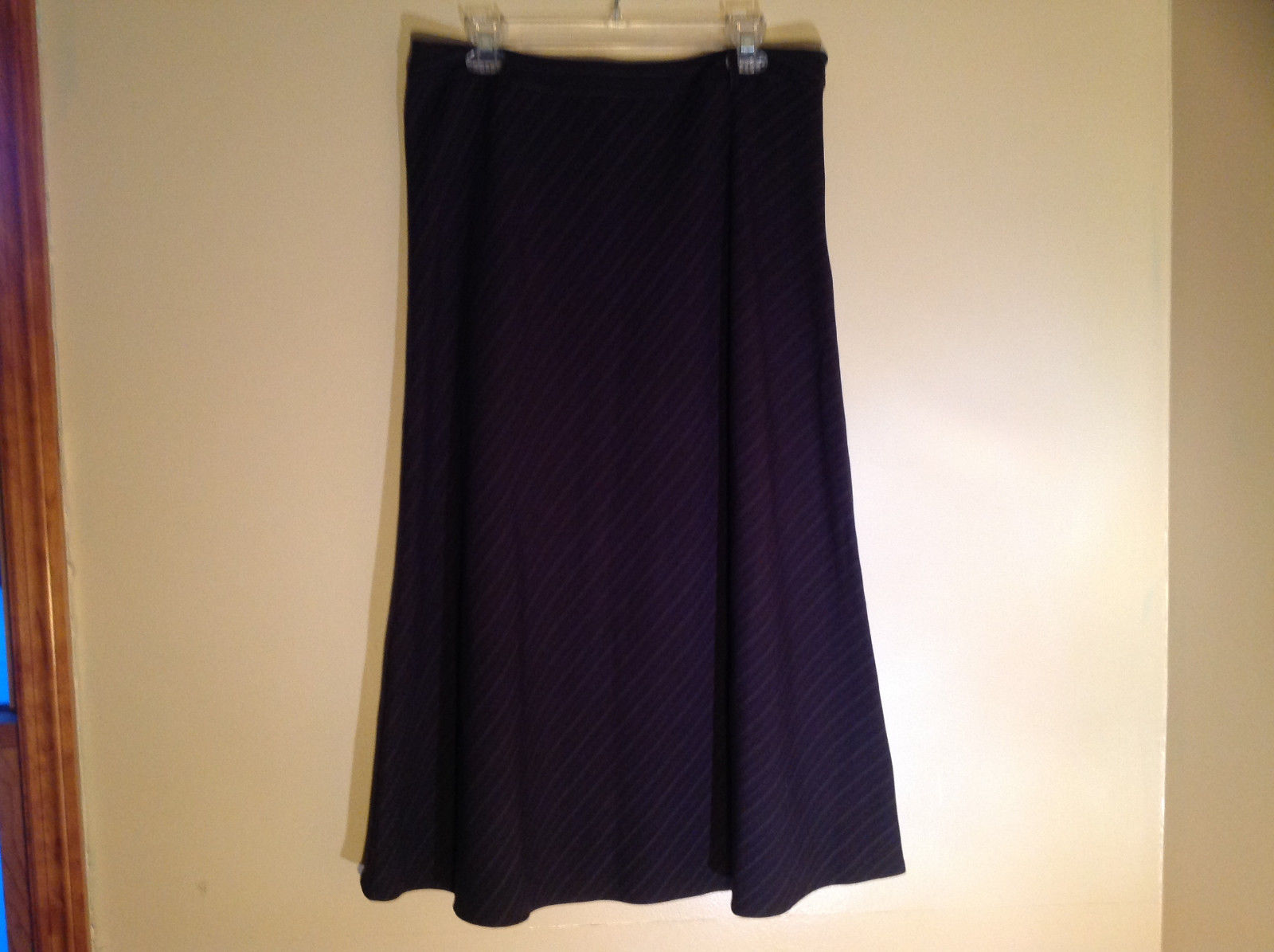 East 5th Black Diagonal Pin Striped Calf Length Skirt Belt Loops Size 14