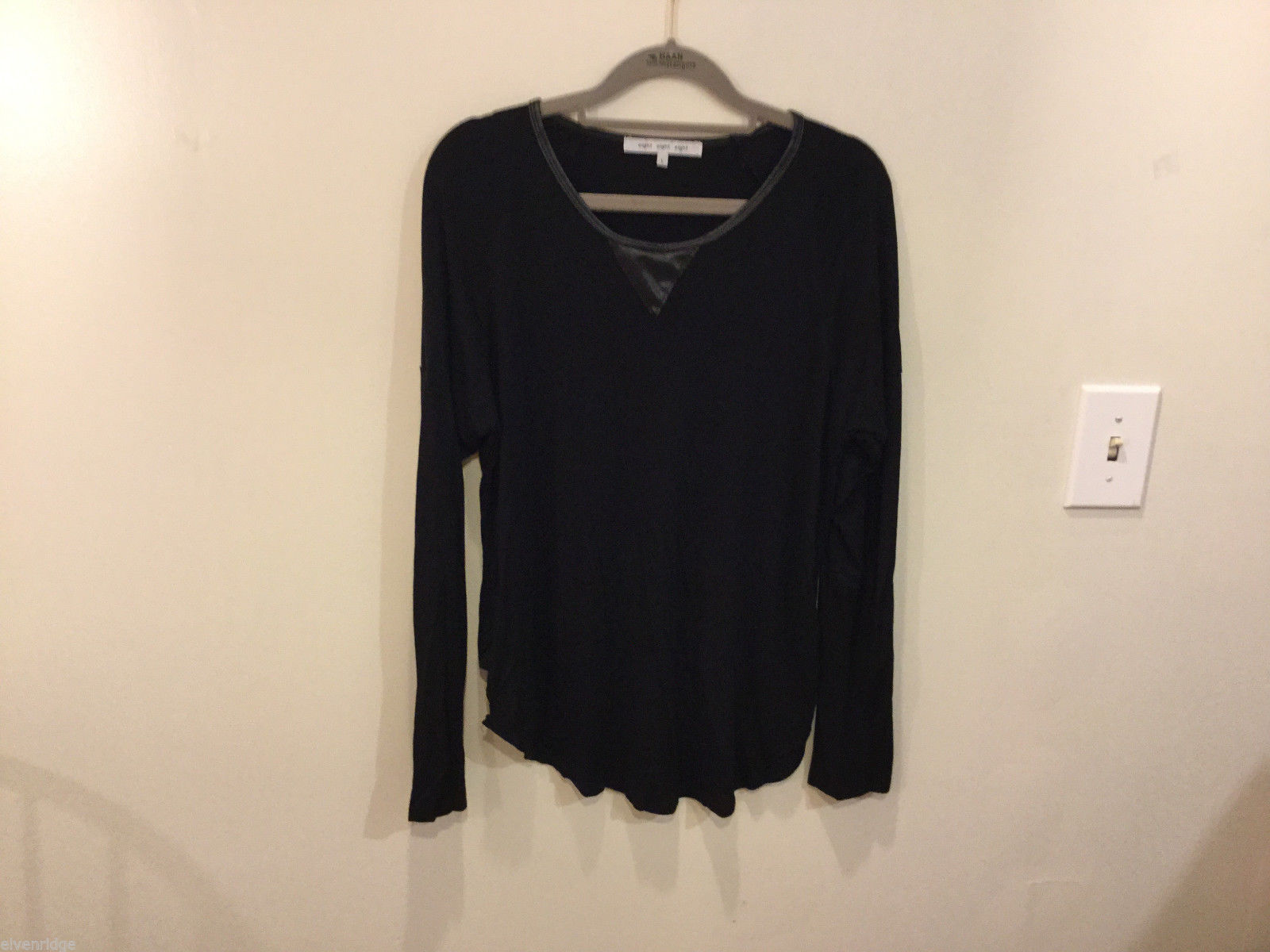 Eight Black Long Sleeve Scoop Neck Classic T-shirt faux leather trim, Size L