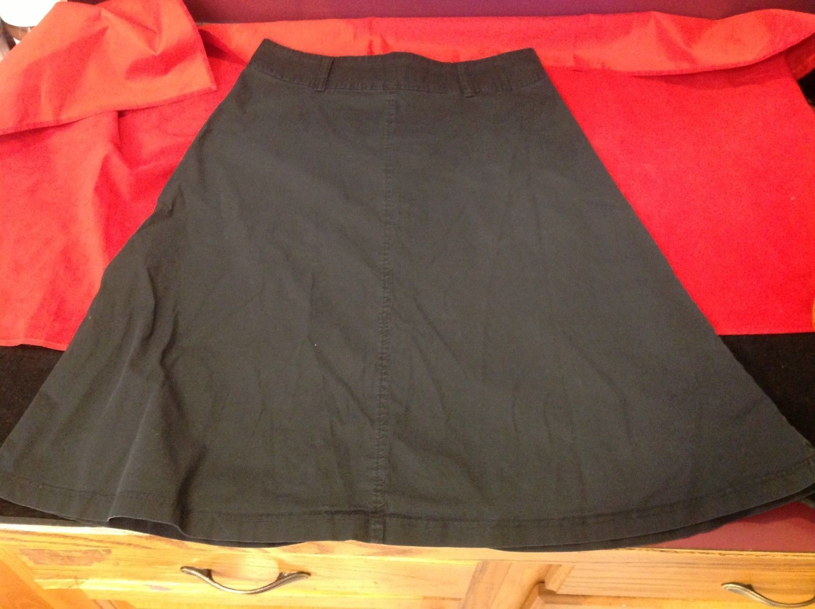 Forever 21  Women's Black Skirt size small