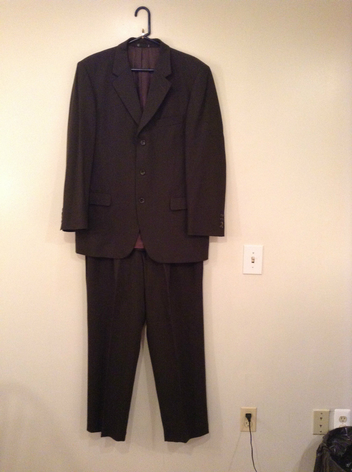 Emanuel Ungaro Dark Brown Jacket and Pant Suit 100 Percent Wool Size 42 by 36