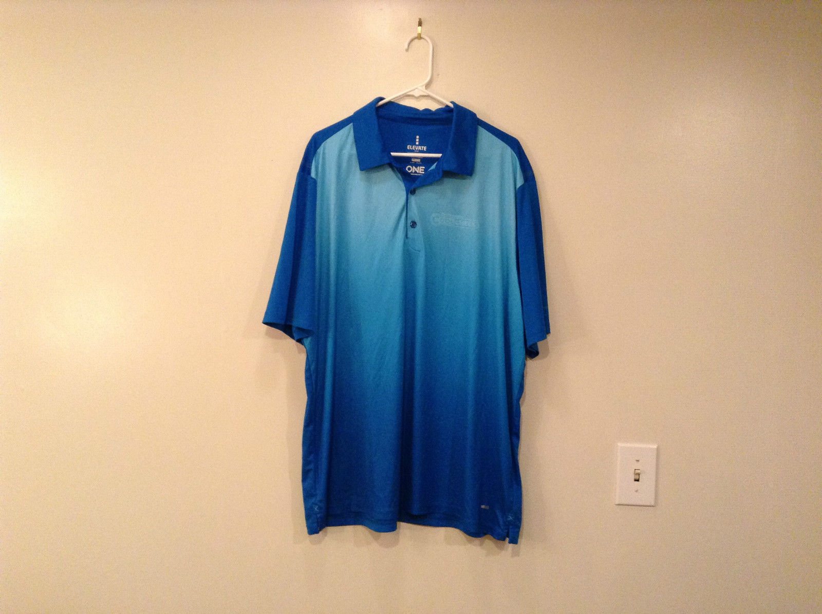 Elevate Sport Jersey Short Sleeve Polo Shirt Blue from Light to Dark Size 2XL