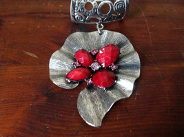 Eye Catching Silver Tone Scarf Pendant with Red Stones and Crystals Leaf Shaped image 2