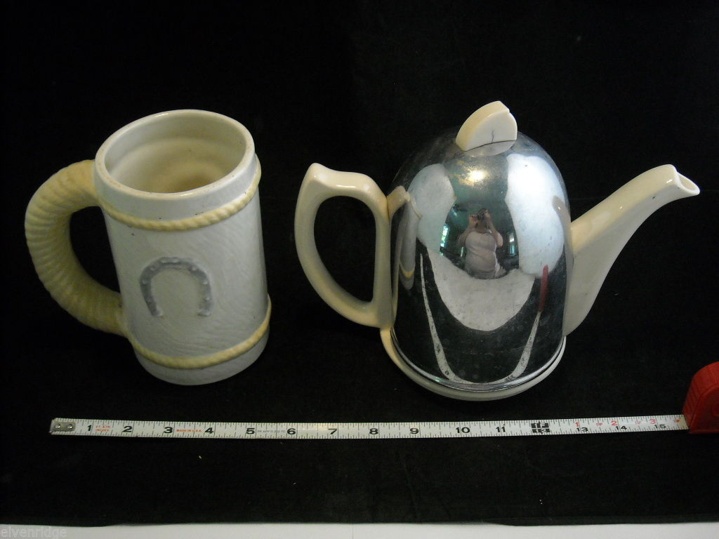 English Porcelain tea kettle and ceramic horse mug in one mixed lot