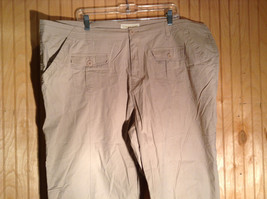 Drama Gold Beige Light Material for Summer Capris Size 26W image 2