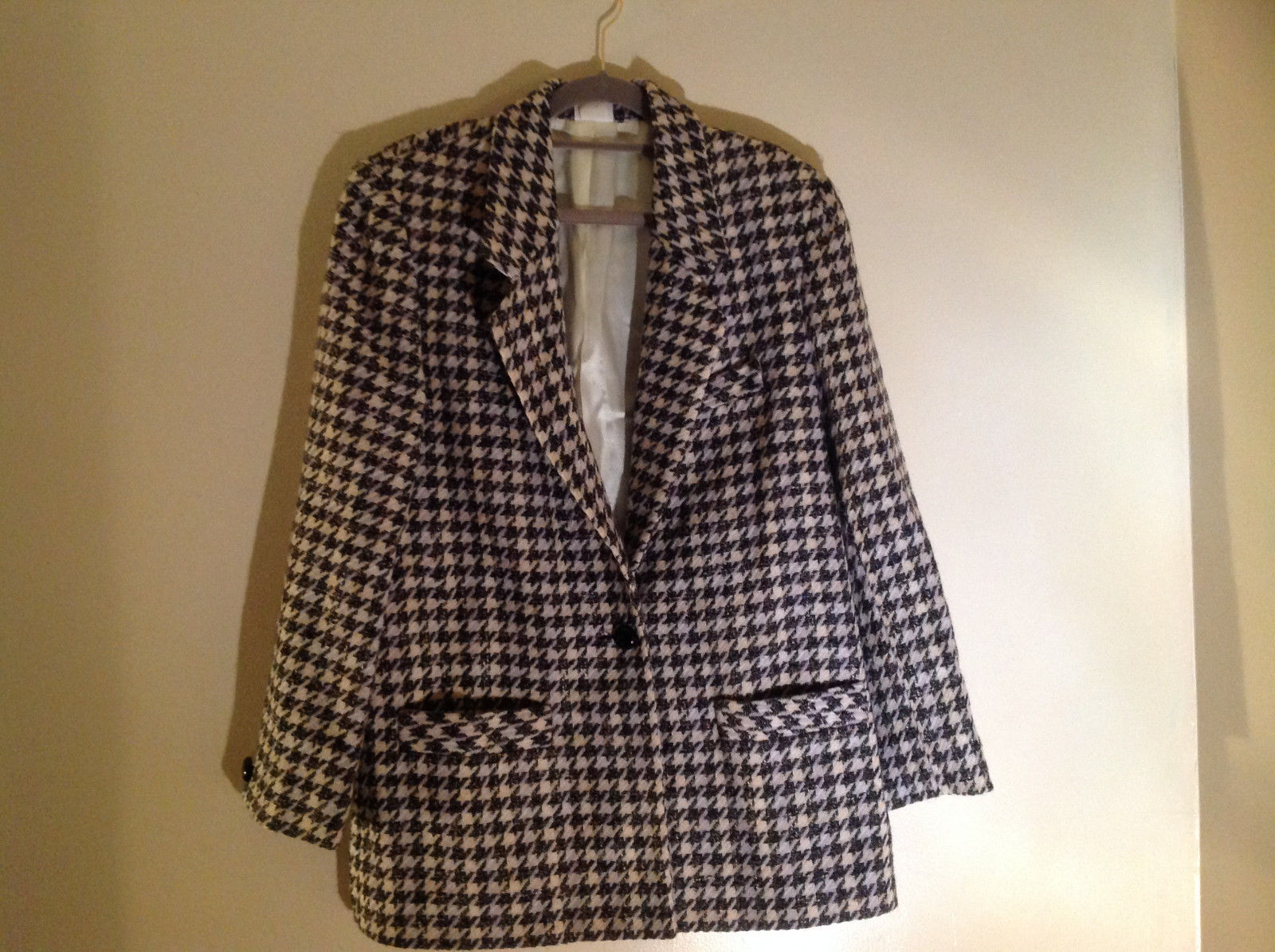 Euro Collection Black White Hounds Tooth Blazer 1 Button Closure Size Large