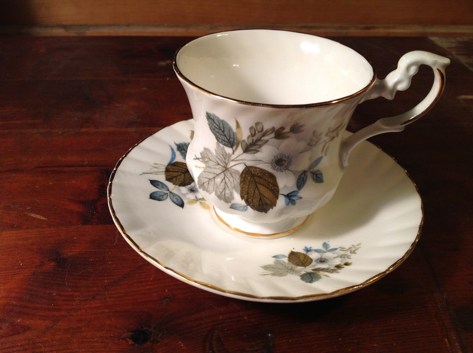 Exquisite Two Piece Cup and Saucer Tea Set  Royal Dover Bone China Flowers