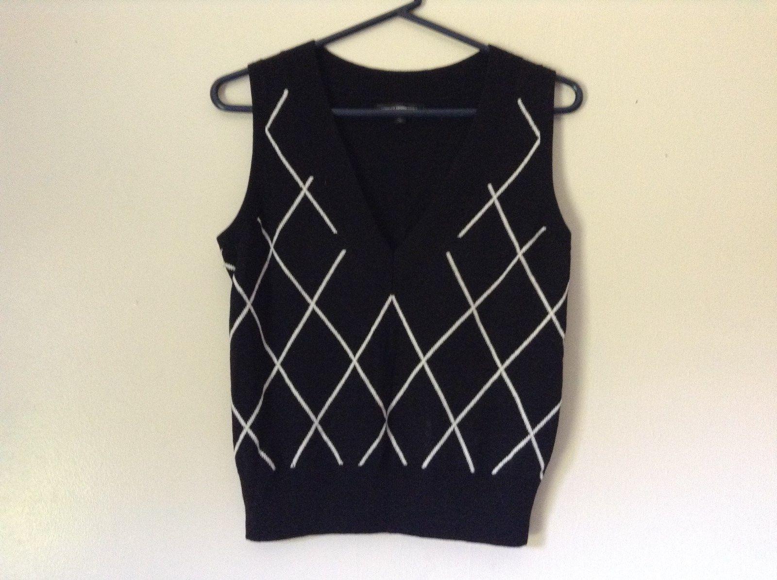 Express Design Studio Black Vest V Neck Sleeveless White Design Size Medium