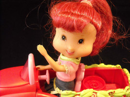 3 Pose-able Strawberry Shortcake dolls, with Car, and Separate Basket Included image 7
