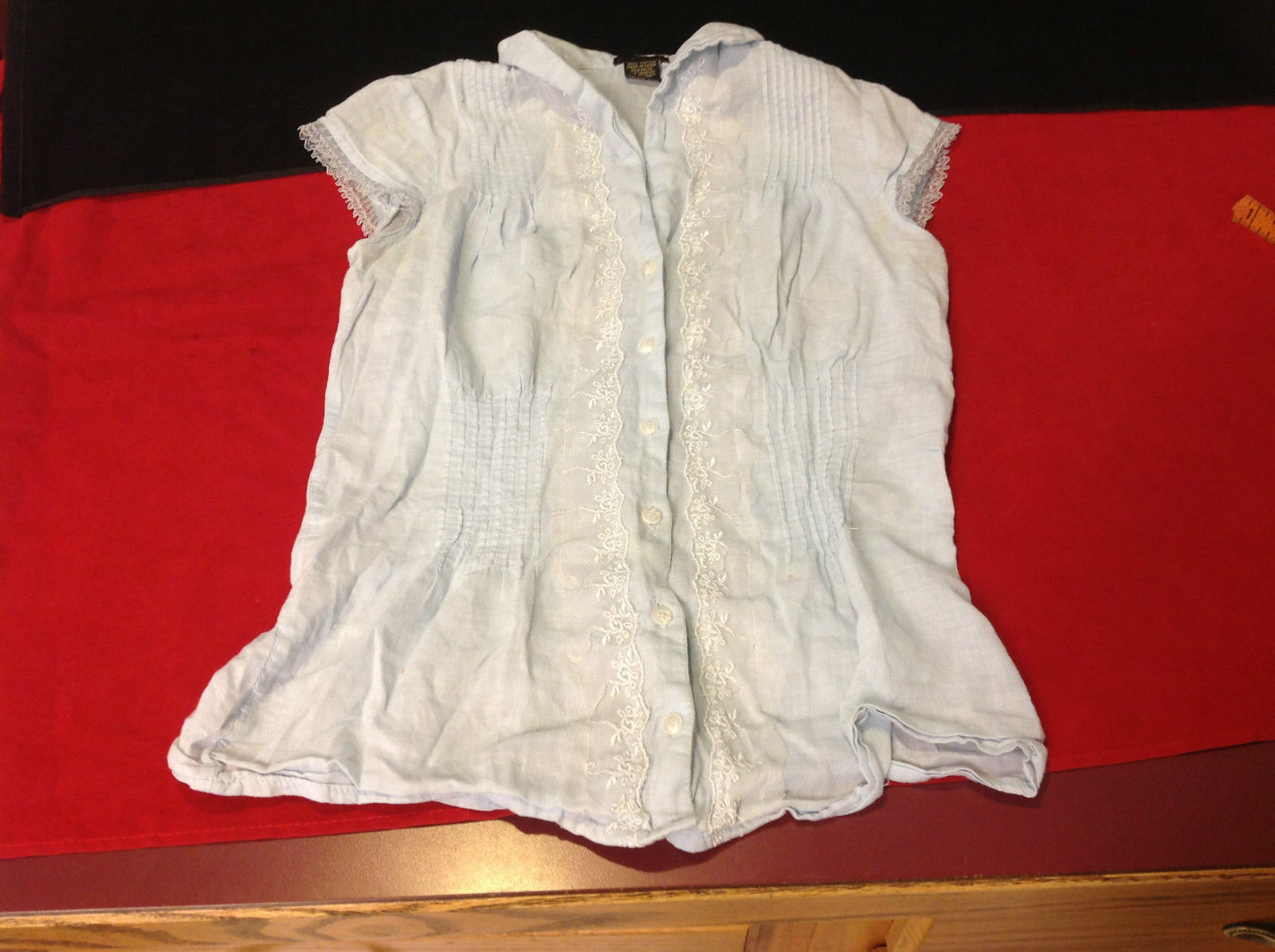 Fang Light Blue Short Sleeve Girls Blouse Button Front Size Medium